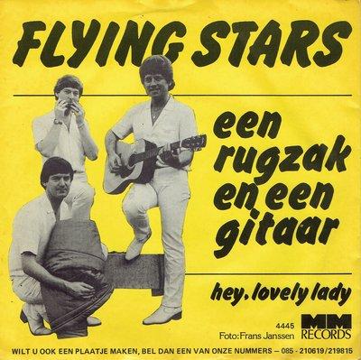 Flying Stars – Een rugzak en een gitaar